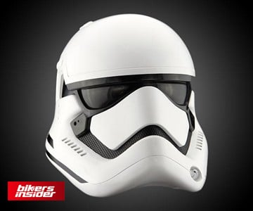 When we talk about cool motorcycle helmets, the Stormtrooper helmet comes to mind.