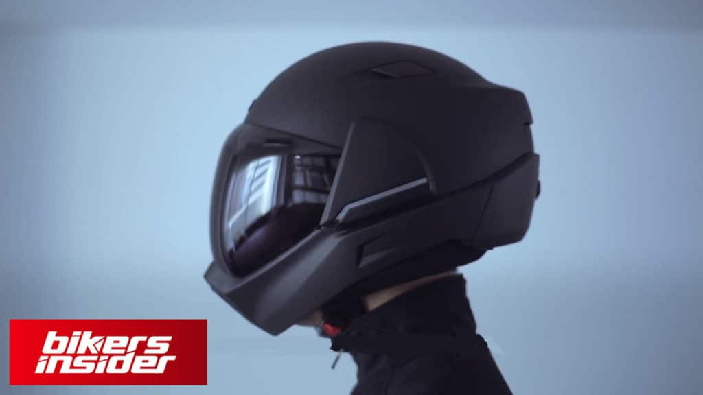The futuristic design of the Cross Helmet X1.