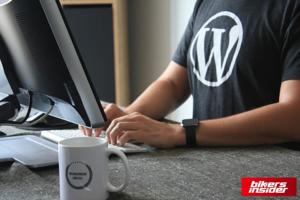 WordPress is the simplest way to create a motovlog website nowadays.