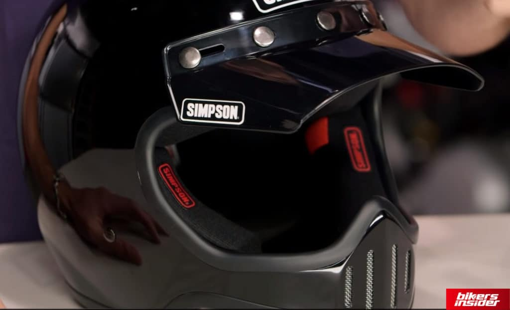 Simpson M50 has a pretty dope peripheral vision, but sadly comes with no face shield, which is its major downside.
