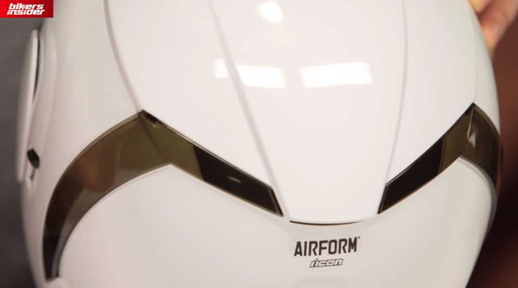 The removable spoilers on the back of the Icon Airform.