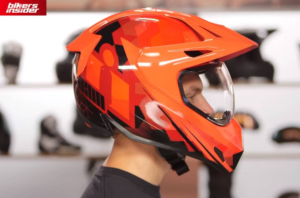 Icon Variant Pro is a well-built helmet dominated by its fiberglass shell.