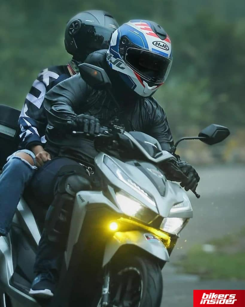 Ride with the HJC C70.