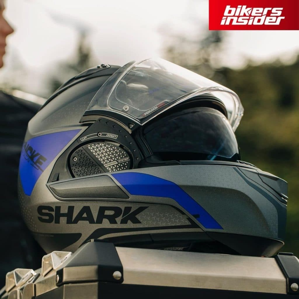 Shark Evo-GT impresses, as it is currently the best modular helmet on the market.