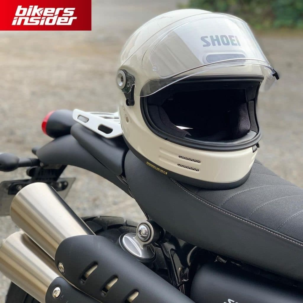 Shoei Glamster is the best cafe racer motorcycle helmet for the 2021 and 2022 seasons!